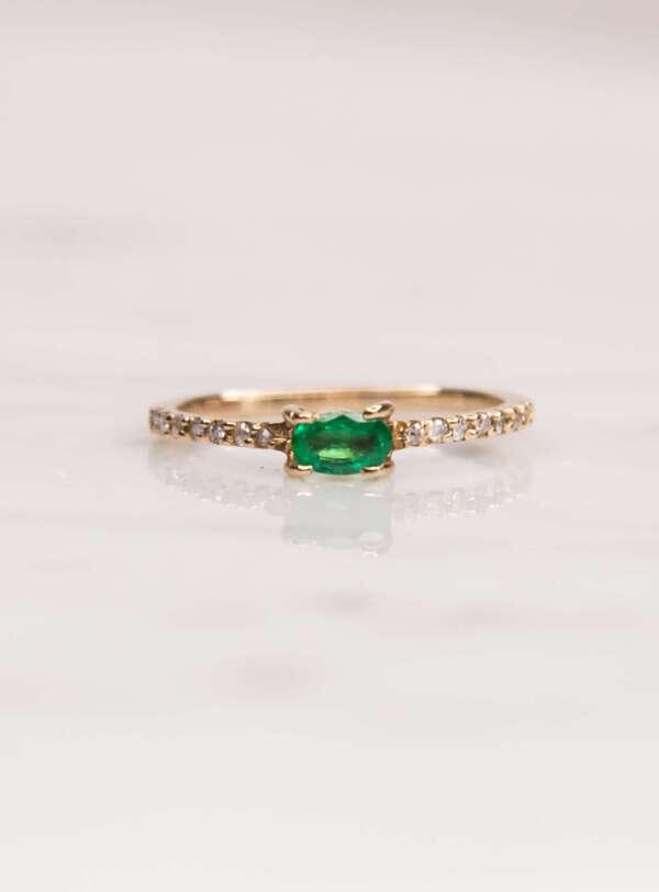 esmeralda y diamantes