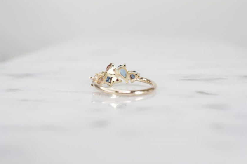 anillo de oro 14k amarillo con multipiedras