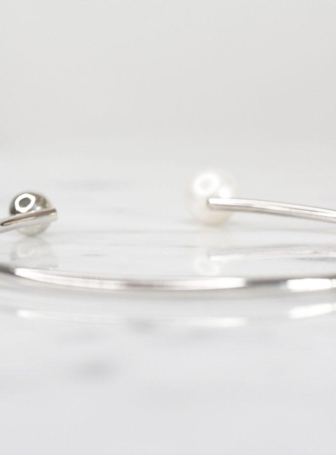 Pulsera de plata pura con una perla